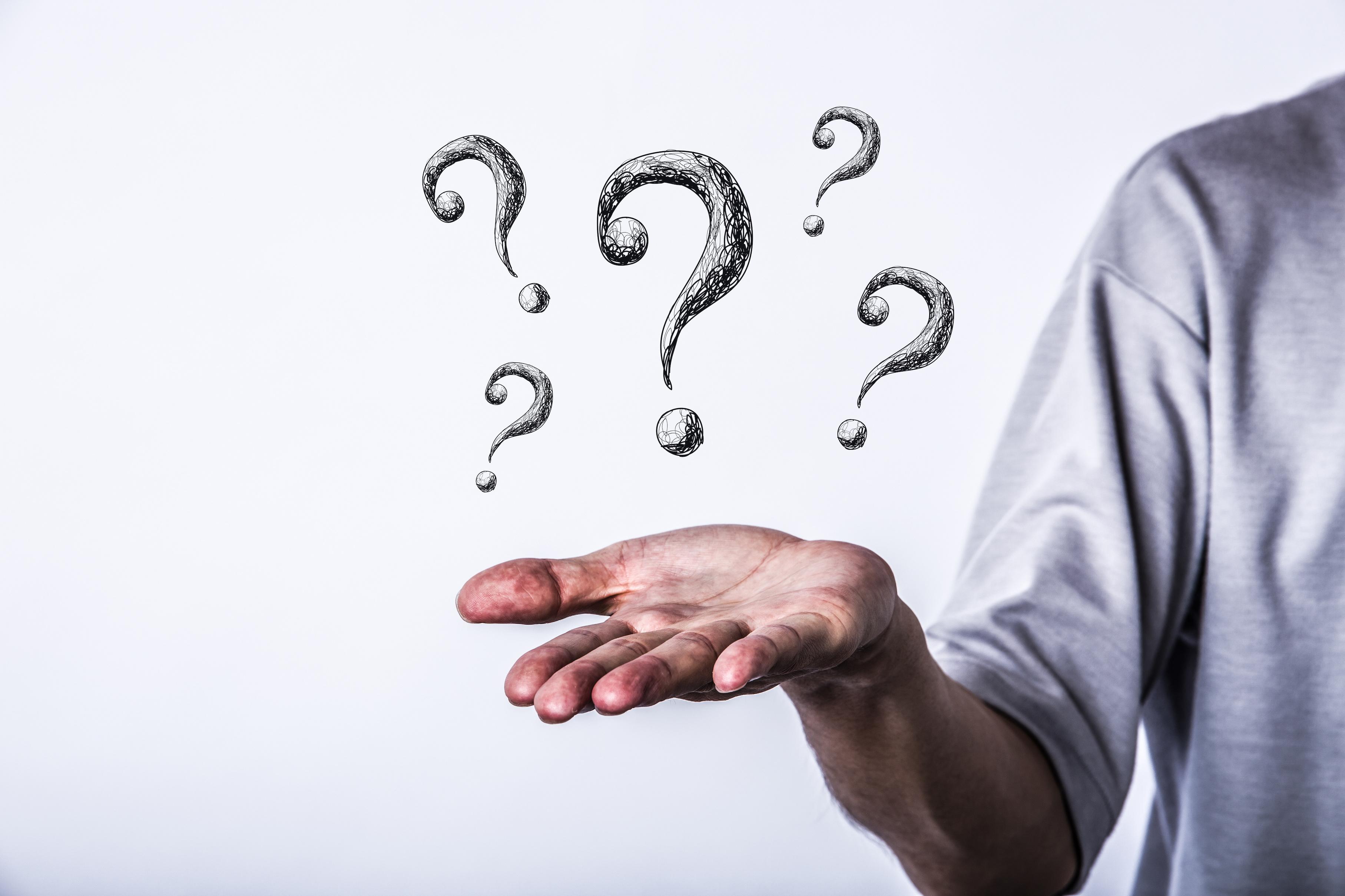 大規模サイトと小規模サイトへの疑問イメージ