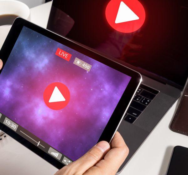 動画広告を配信する