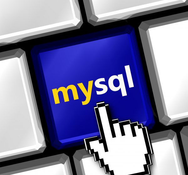 mysqlと書かれたキーボード