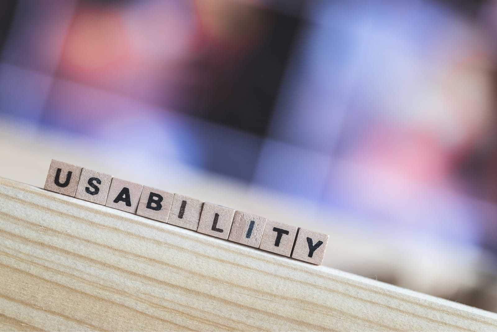 「usability」と印字されたブロック