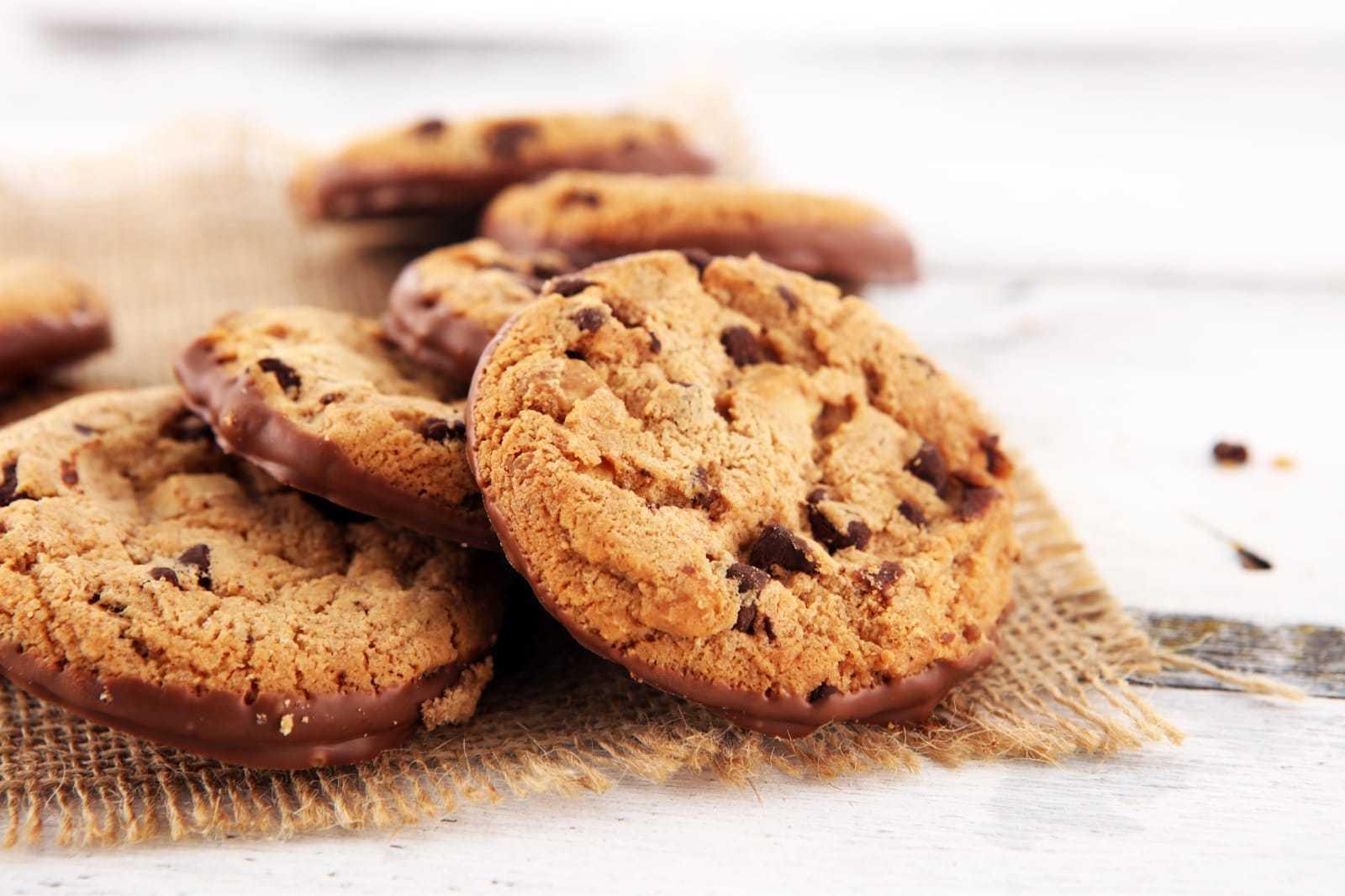複数のチョコチップクッキー