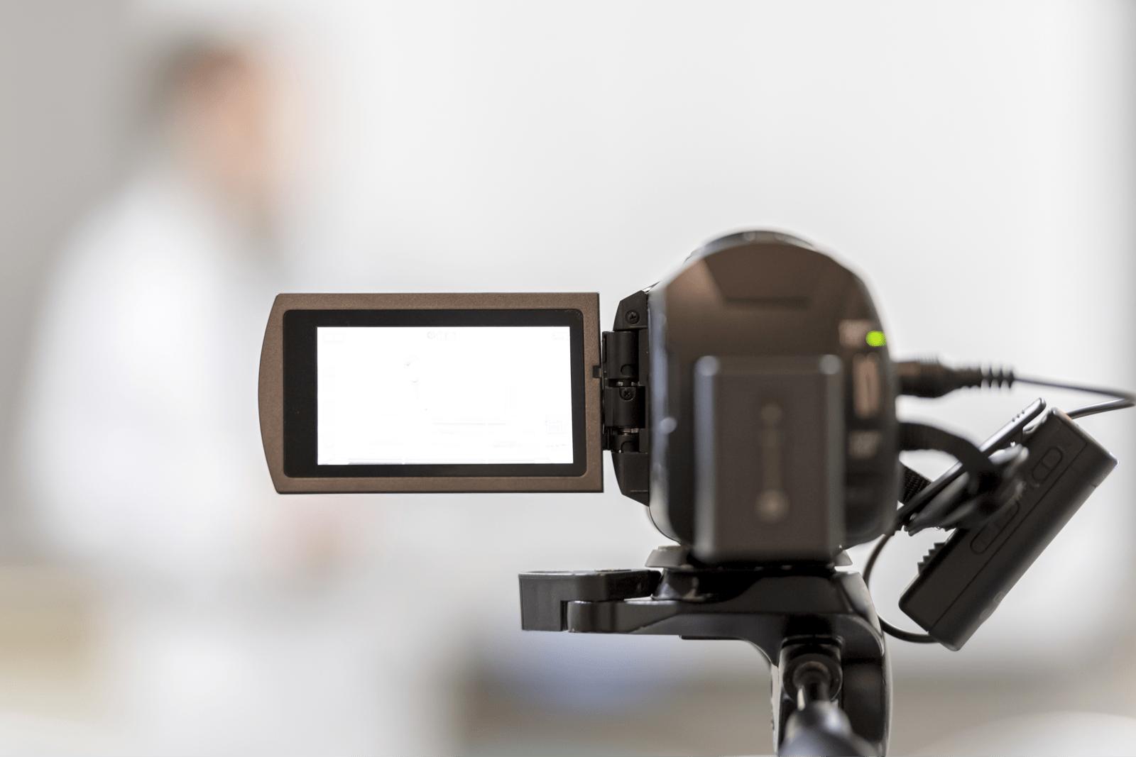 ビデオカメラで動画を撮影